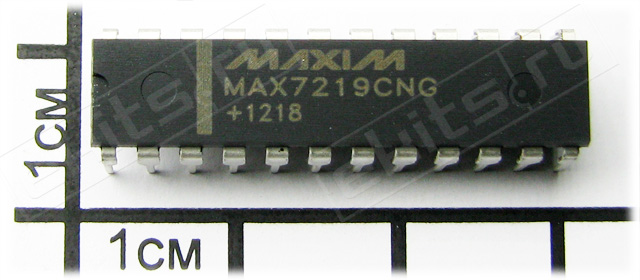 MAX7219CNG, Serially Interfaced, 8-Digit LED Display Drivers, DIP-24