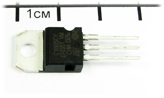 L7805, 5V, 1A, TO-220